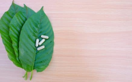 How much does Kratom cost locally and online?
