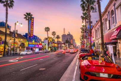 Pic of the Hollywood Boulevard at dusk, where you just might find some great Kratom vendors